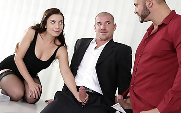 Bi-curious three have joy in the office