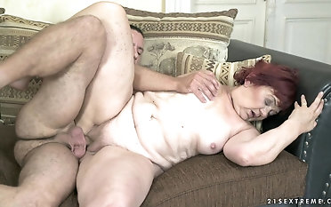 Mature plumper Marsha gets her labia humped by a lengthy hard trouser snake