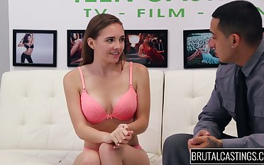 Bosomy babe Skye West shows her faculty in hot casting XXX video