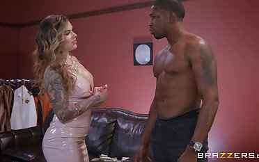 ebon guy destroys wet Karmen Karma's pussy with his monster dick