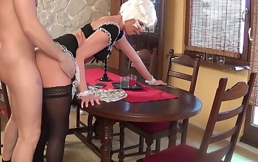 Sexy Teen Maid doing Blowjow and gets Creampies at bottom the table