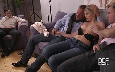Cuckold prepare action with skinny babe Choky Ice