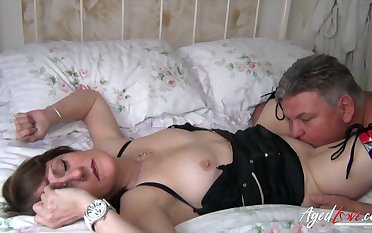 Chubby mature slut Pandora gets fucked doggy with an increment of she loves paroxysmal load of shit