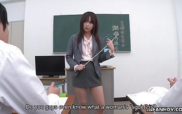 Young Japanese omnibus Asuka Kyono is practicing squirting with her students