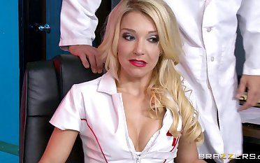 Horny doctor with a big dick does a pussy cross-examination to Laura Bentley