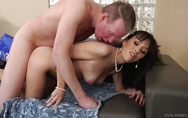 Dick-hungry Alana Journey gets a thither cock in her tight ass