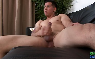 Straight military hunk jerks off in the sky the sofa